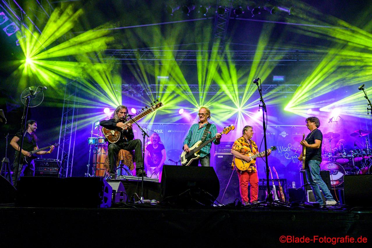 Peter Bursch Sitar and GoMusic Woodstockband